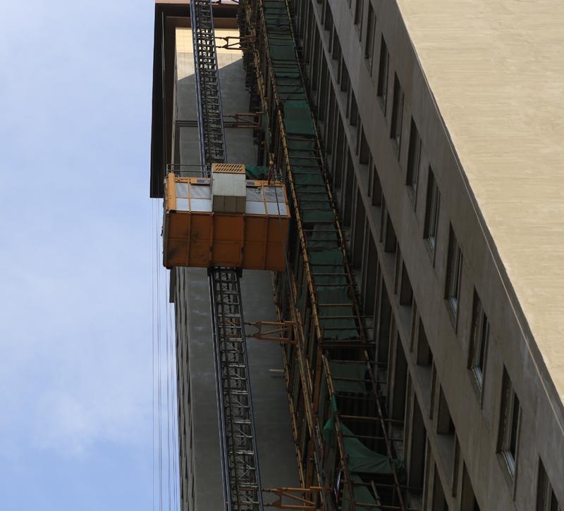 施工升降机SC200/200EB